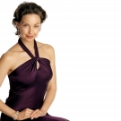 Most famous actress Ashley Judd looking beautiful in this dress