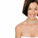 Lovely wallpaper of american actress Ashley Judd in HD